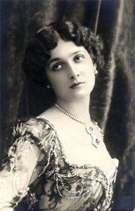 Lina Cavalieri, Italian operatic soprano