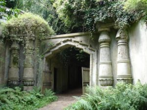 The entrance to the Egyptian Avenue at Highgate Cemetary.