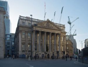 Mansion House is the official residence of the Lord Mayor.