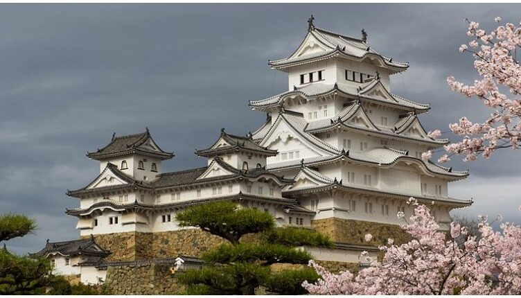 Secrets of Japan's Most Beautiful and Haunted Castle
