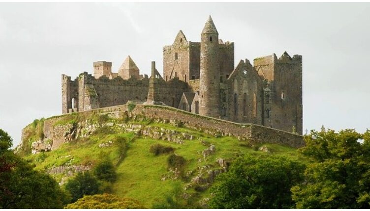 The Most Magnificent Castle of Ireland Ruins Bursting with Ancient History