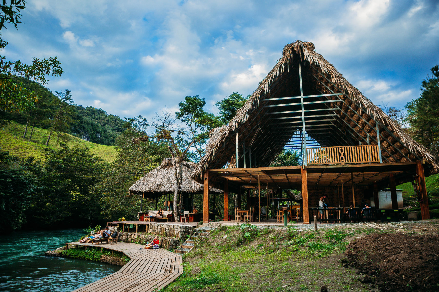guatemala semuc champey turquoise pools jungle green humid swim adventure far away hidden paradise el retiro lodge in the jungle