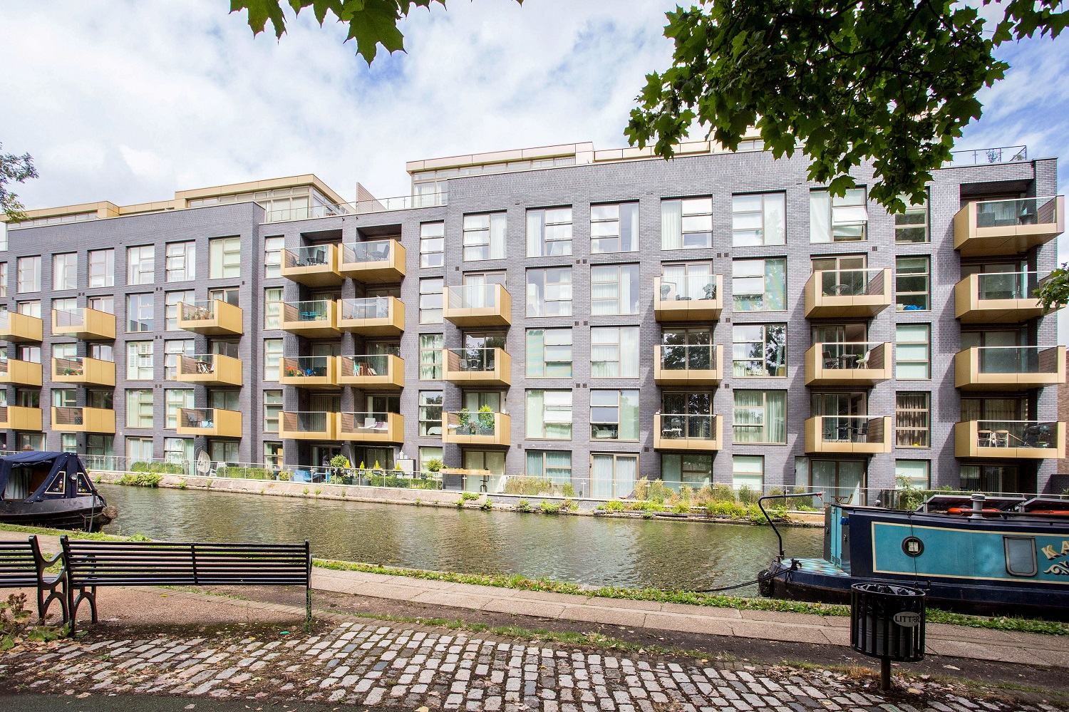 Amberley Waterfront Apartments, London W9