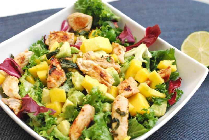 chicken-mango-avocado-salad