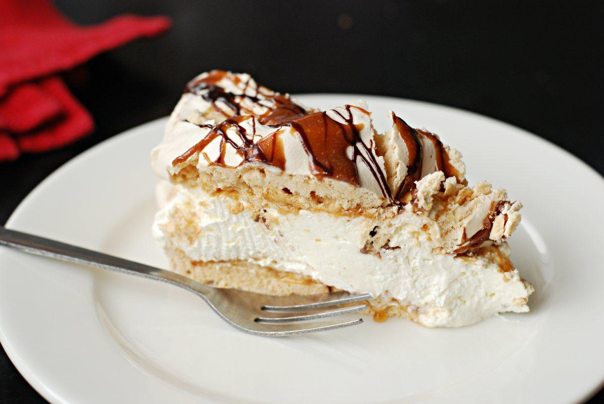 icelandic meringue cake