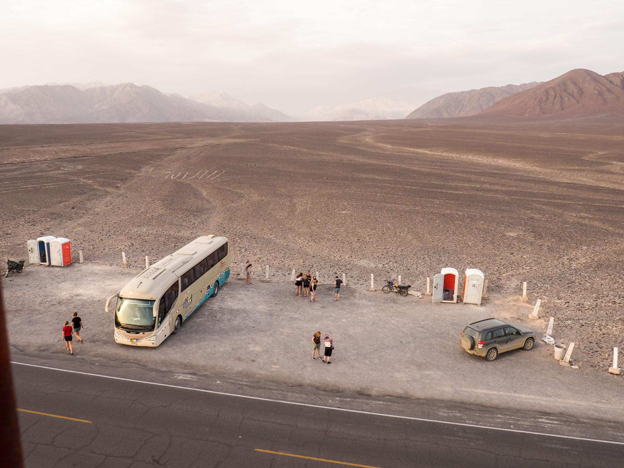 nazca peru hop bus