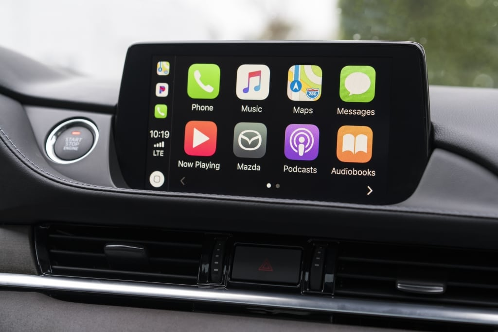 MirrorLink Apple CarPlay Update iPhone