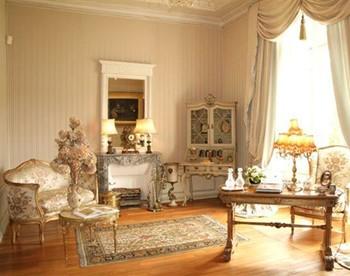 Silver Foyer 1