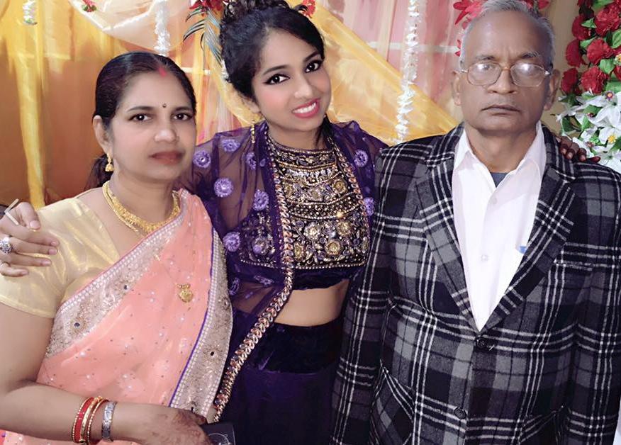 garima maurya family