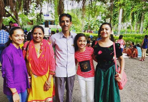 nehal vadolia family