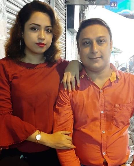 moumita bhattacharya husband 1