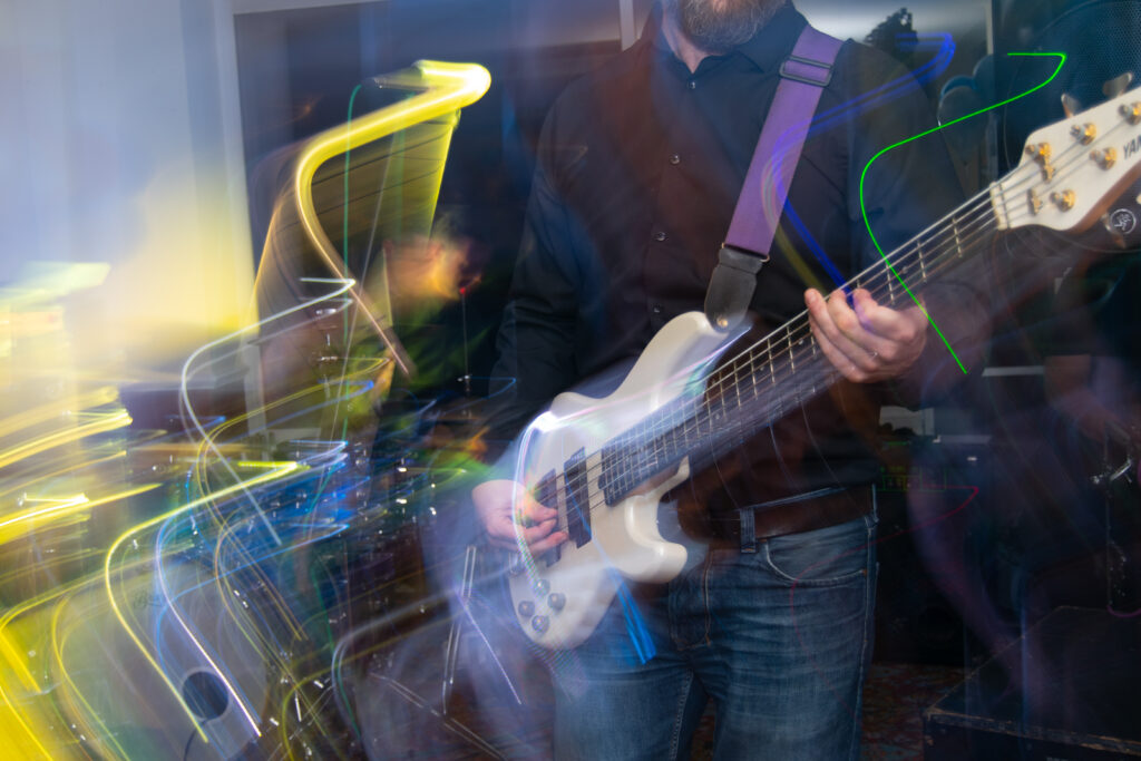 Bass Player Shillingford Hotel