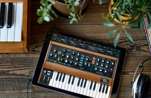 Moog and Korg make mobile-apps free to musicians stuck at home