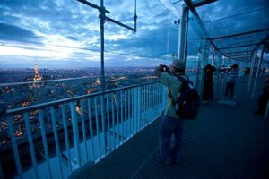 montparnasse-tower-observation-deck-photo