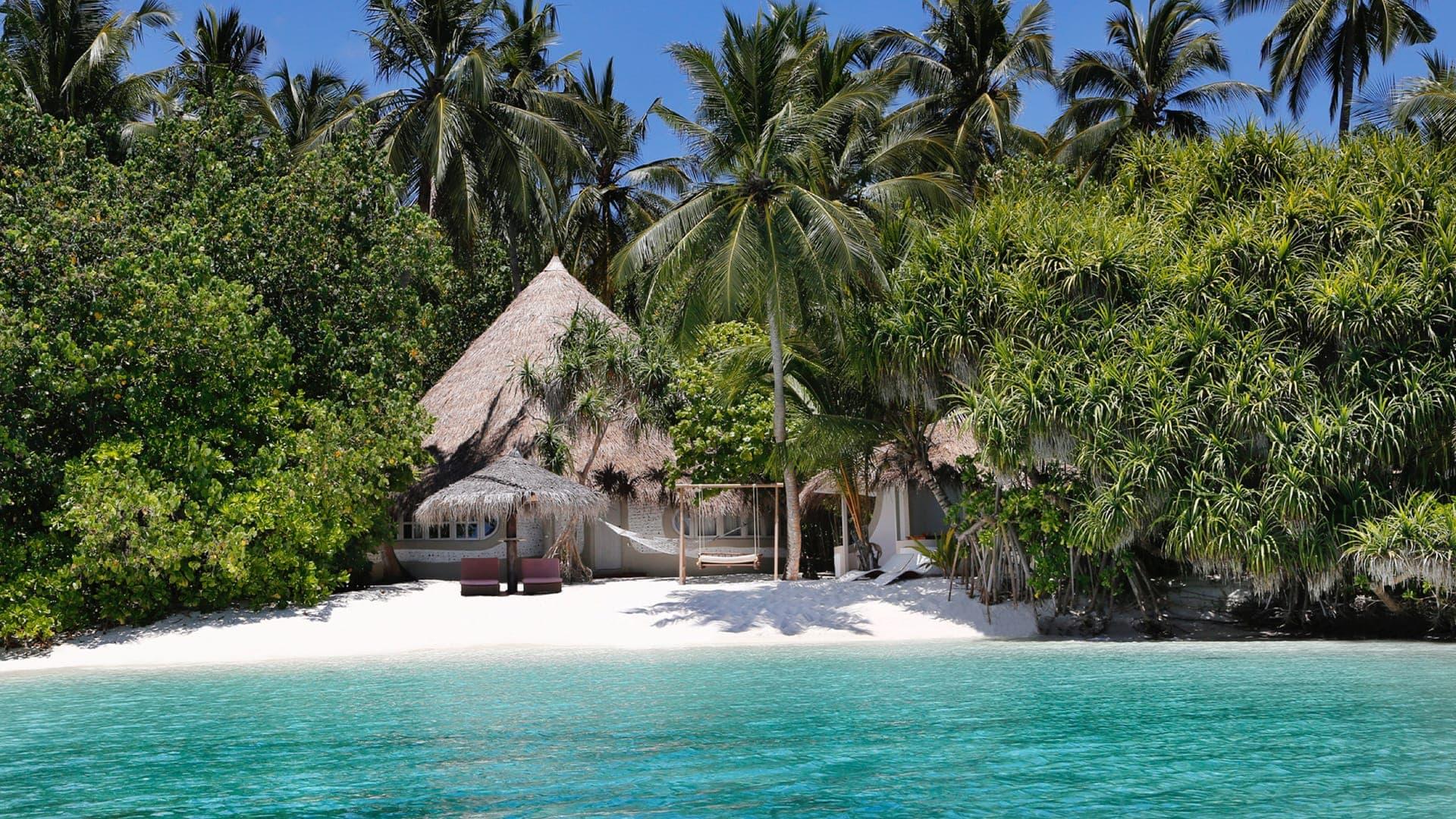 Nika Island resort a partire da Euro 1750 p.p.