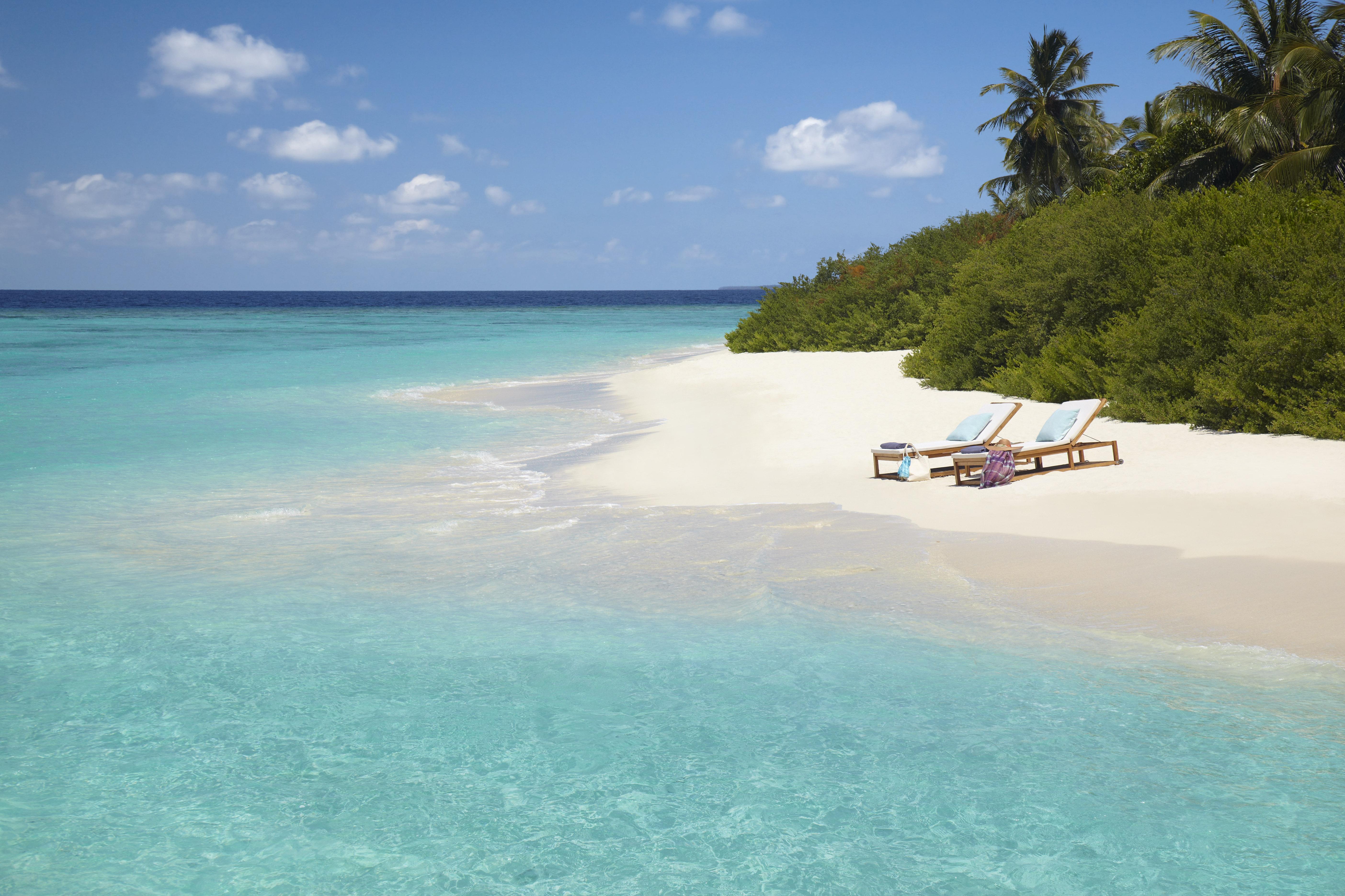 Dusit Thani Maldive a partire da Euro 2550 p.p.
