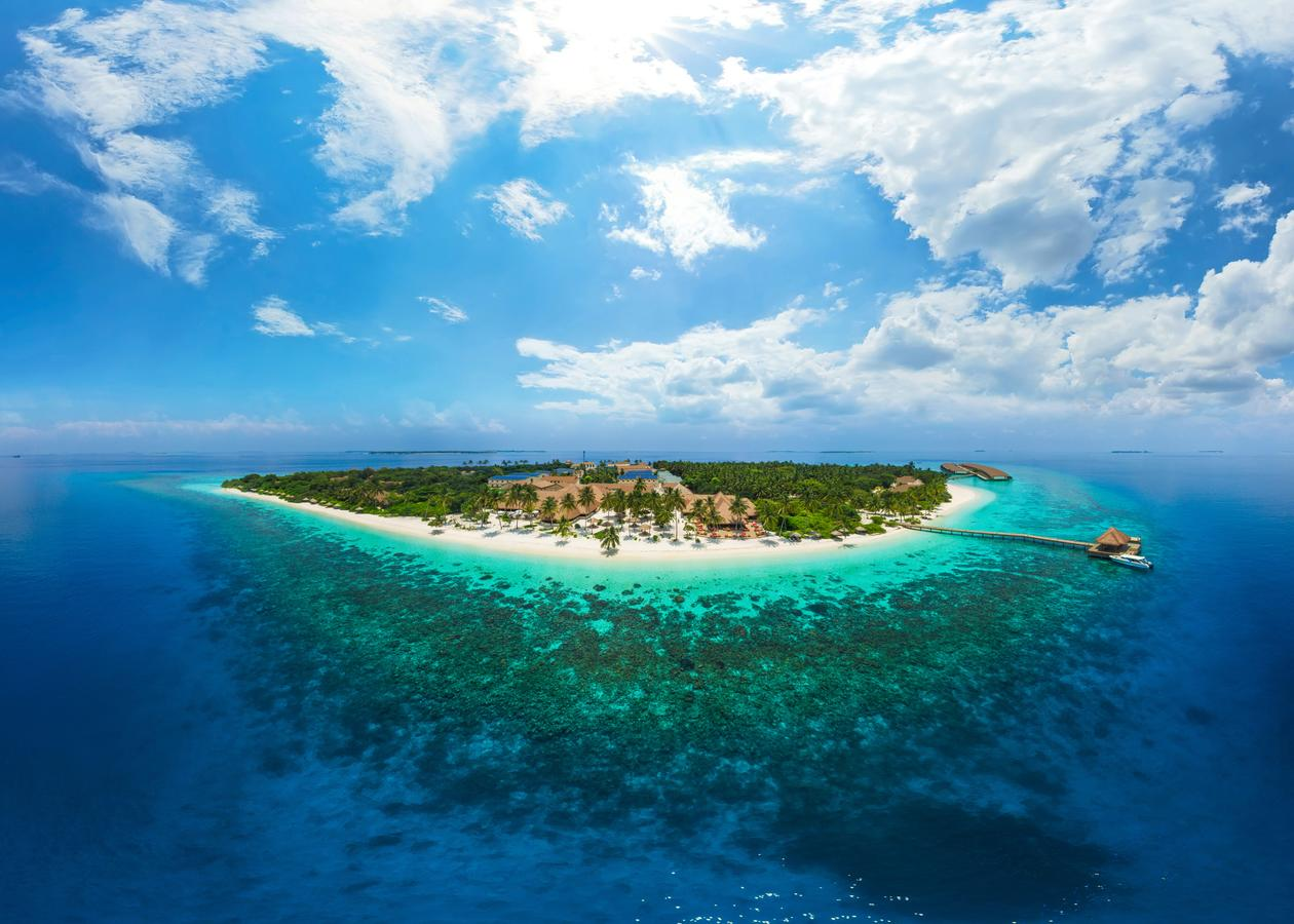 Reethi Faru Resort 4* Maldive