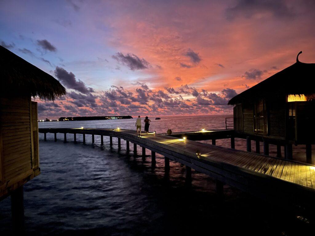 tramonto Moofushi Maldive Maytravel