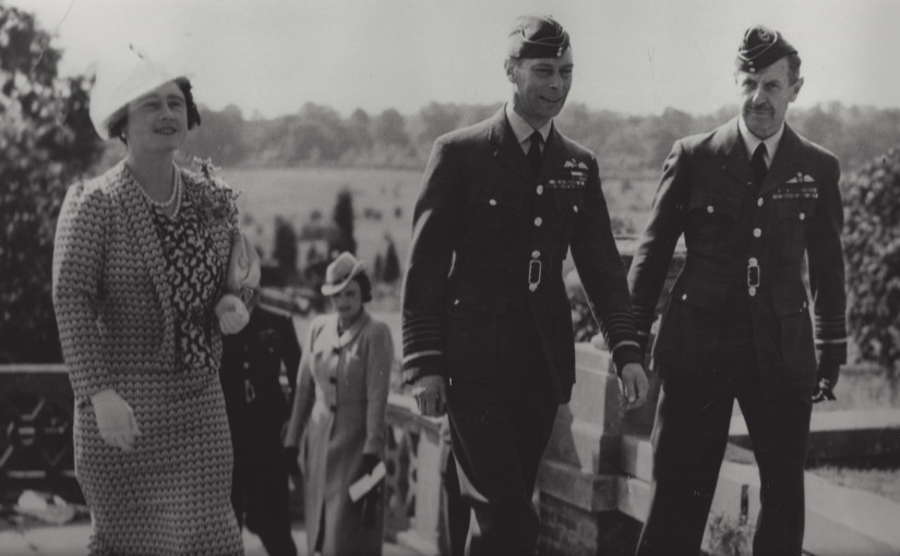 Black and white photograph of Dowding, George VI and Queen Elizabeth at RAF Bentley Priory in September 1940