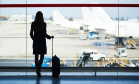 How to Buy Airline Tickets Online With Ease