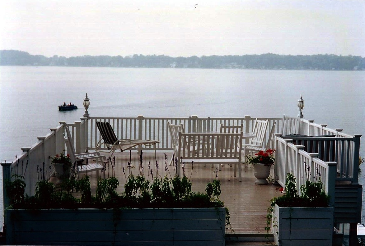 Railing installation work in michigan