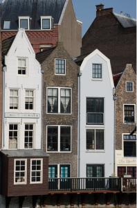 Dia 2  Delfshaven historic urban structure