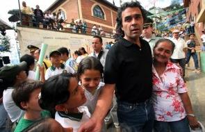 Dia 2 The mayor Sergio Fejardo Valdemara (2004-2008) turned the city round