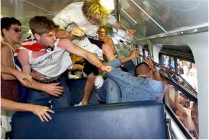Dia 8  Race riots