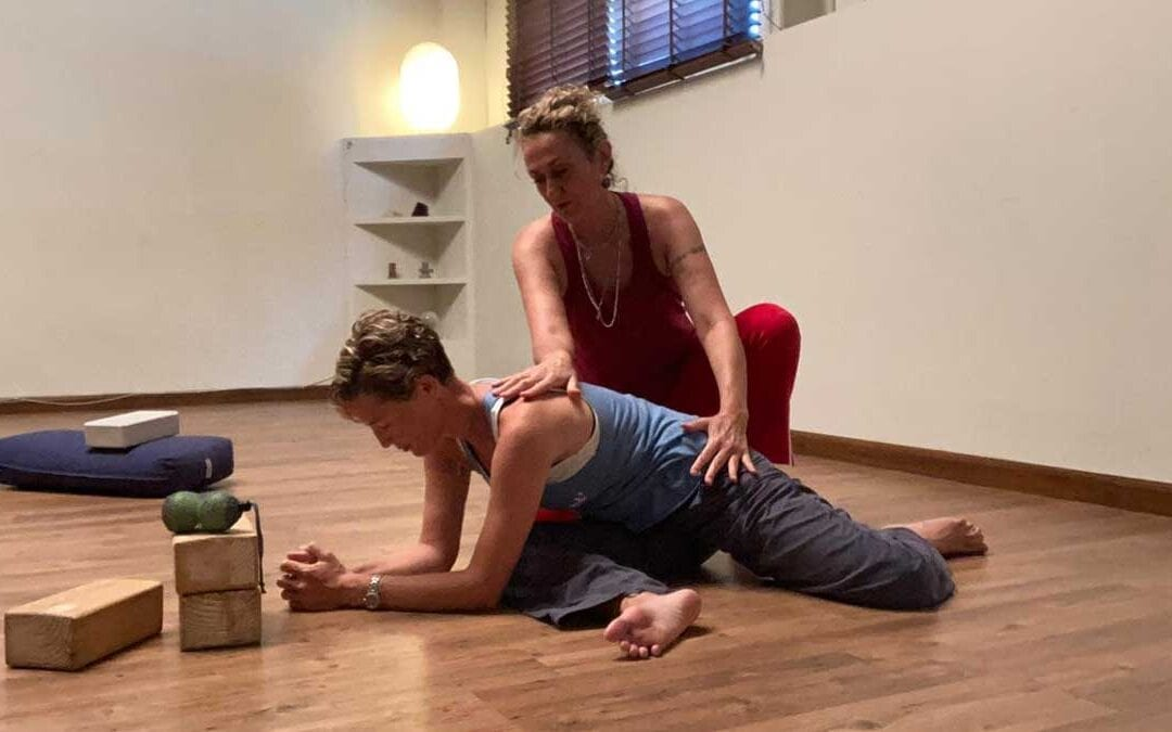 Yin and Roll with Amanda & Emilie