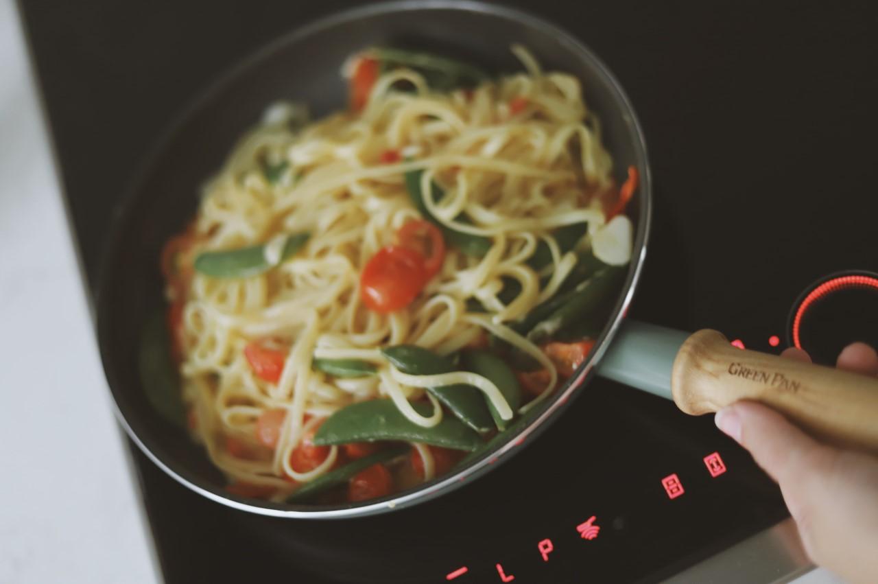 Easy-peasy-family-pasta-recipe-baby-friendly-too-Launeden