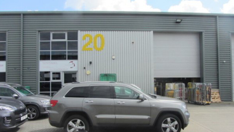 Warehouse/ Industrial – 4,278 sq ft – Salfords RH1