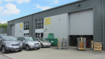 Warehouse/ Industrial/ Offices – 8,605 sq ft – Salfords RH1