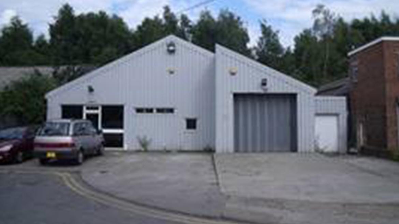 Industrial / Motor Trade – 2,365 sq ft – Redhill RH1