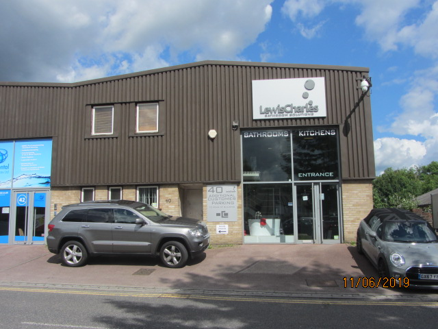 Trade Counter/ Showroom/ Warehouse/ Light Industrial – 4,361 sq ft – Redhill RH1