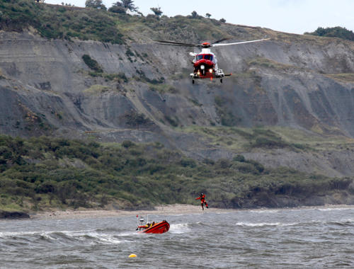 A lifeboat and coastguard helicopter exercise (photo by Seb Cope)