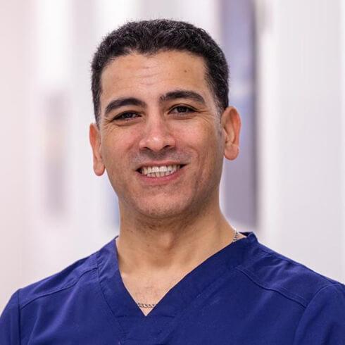 Portrait of Dr. Kourosh Seifolahi Bazarjani DDS