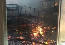 Police blames administration for fire breakout