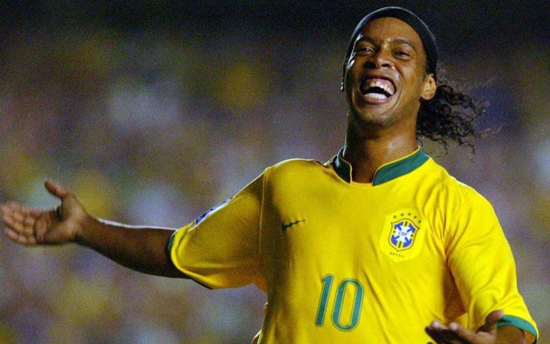 Ronaldinho Gaúcho is so broke