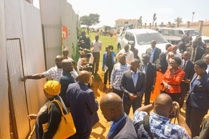 blocked access to Lubowa hospital construction site