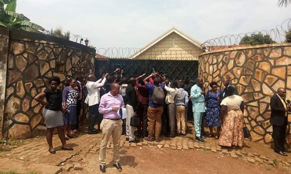 Police block MPs from accessing safe houses in Kyengera
