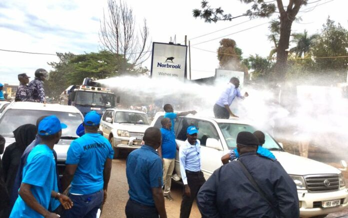 Besigye arrest Bobi wine muntu around Kireka-Banda, along Jinja road