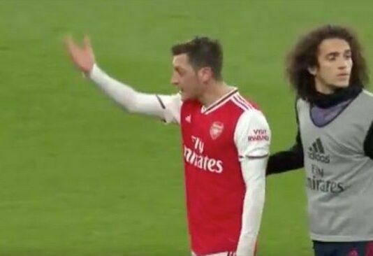 Mesut Ozil Brighton defeat