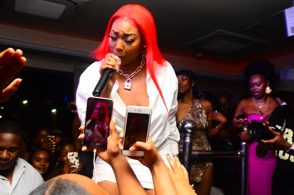 rapper ms banks at guvnor