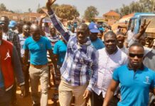 Besigye arrested in Jinja