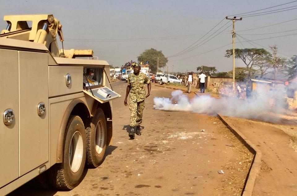 Besigye arrested in Jinja taken to Nalufenya