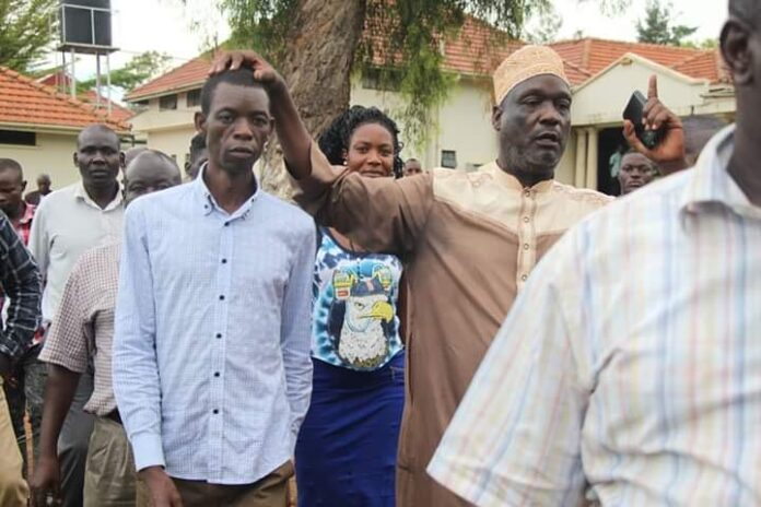 Eric Sakwa to Stay in Office
