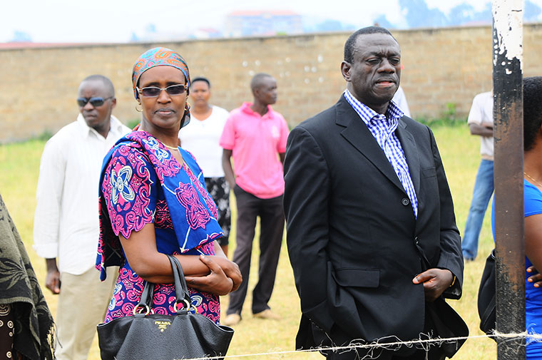 Besigye married to Winnie Byanyima