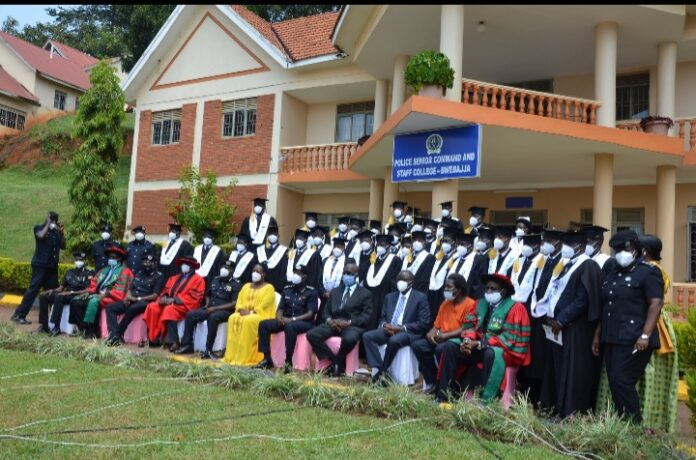 76 Police Officers graduated