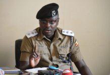 Luke Owoyesigire stealing number plates from vehicles
