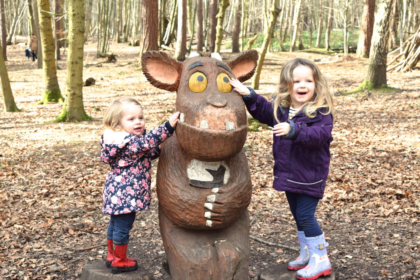 The Gruffalo Trail, Essex Gruffalo's Child with two little girls either side